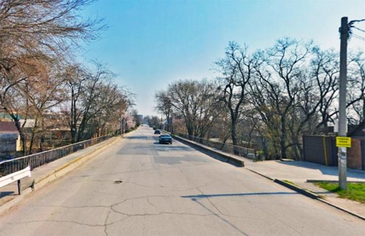 В городе Таганроге планируют отремонтировать мост по улице Шевченко