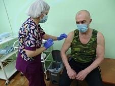 На  прививку! Массовая вакцинация от коронавируса