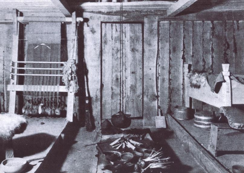 Реконструкция внутреннего убранства средневекового жилища.