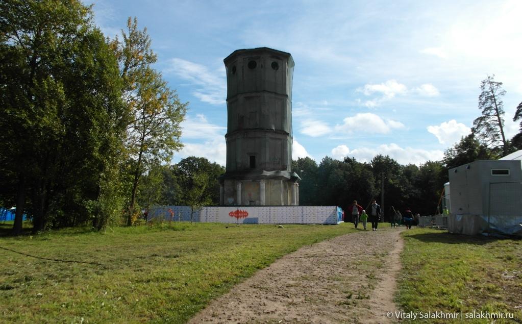 Водонапорная башня в Гатчине 2020