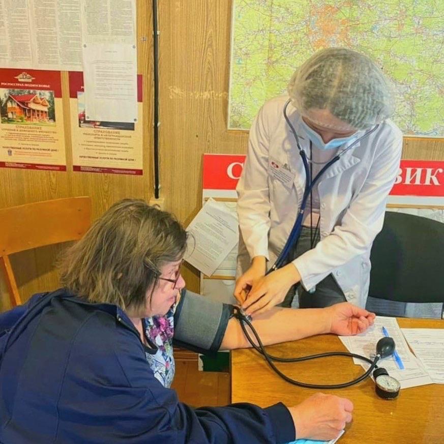 Вакцинация от COVID-19, не отходя от грядок!nУслугу вакцинации в СНТ в Московской области протестировали во время майских праздников