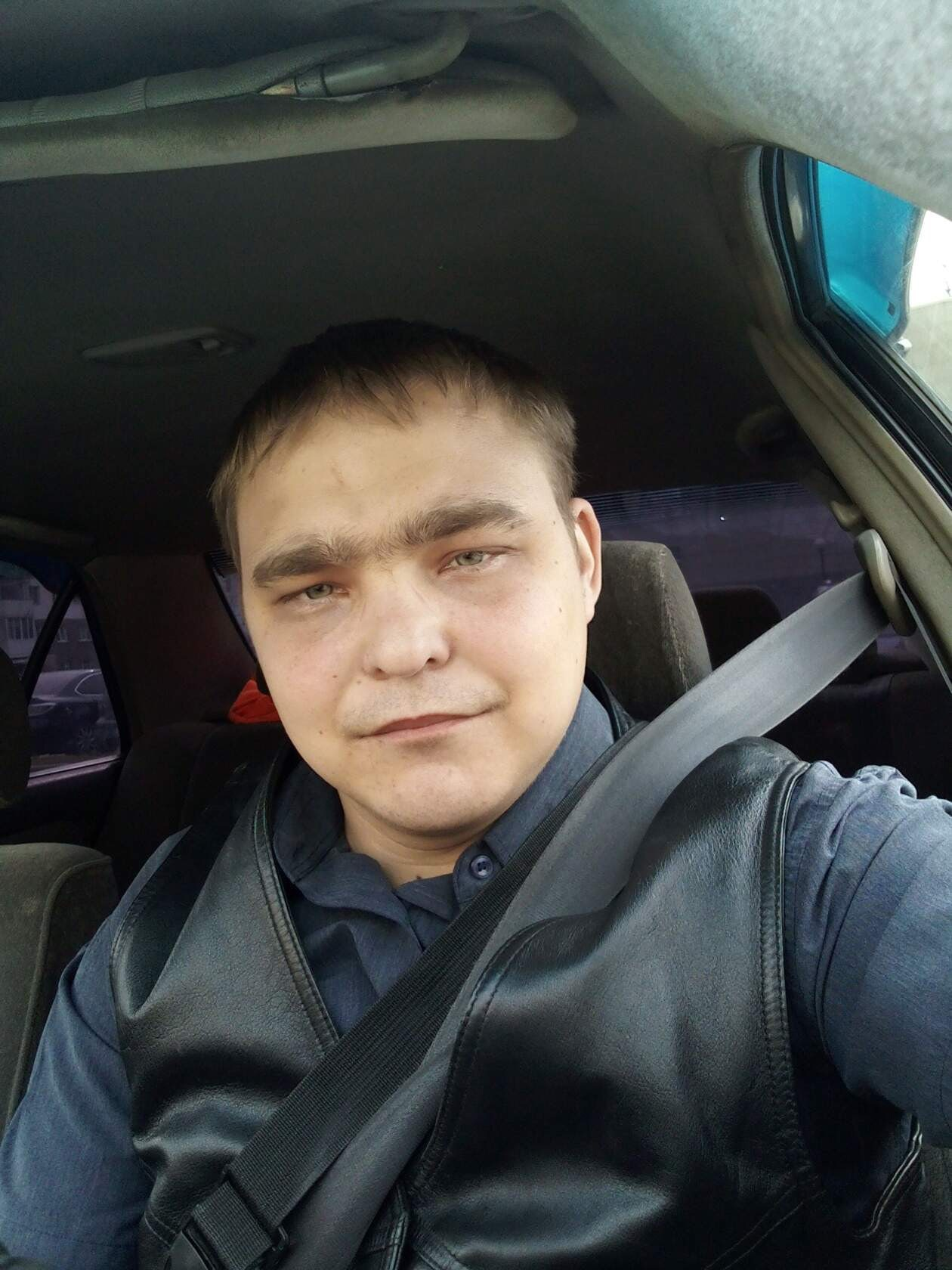 Андрей, 24, Belovo