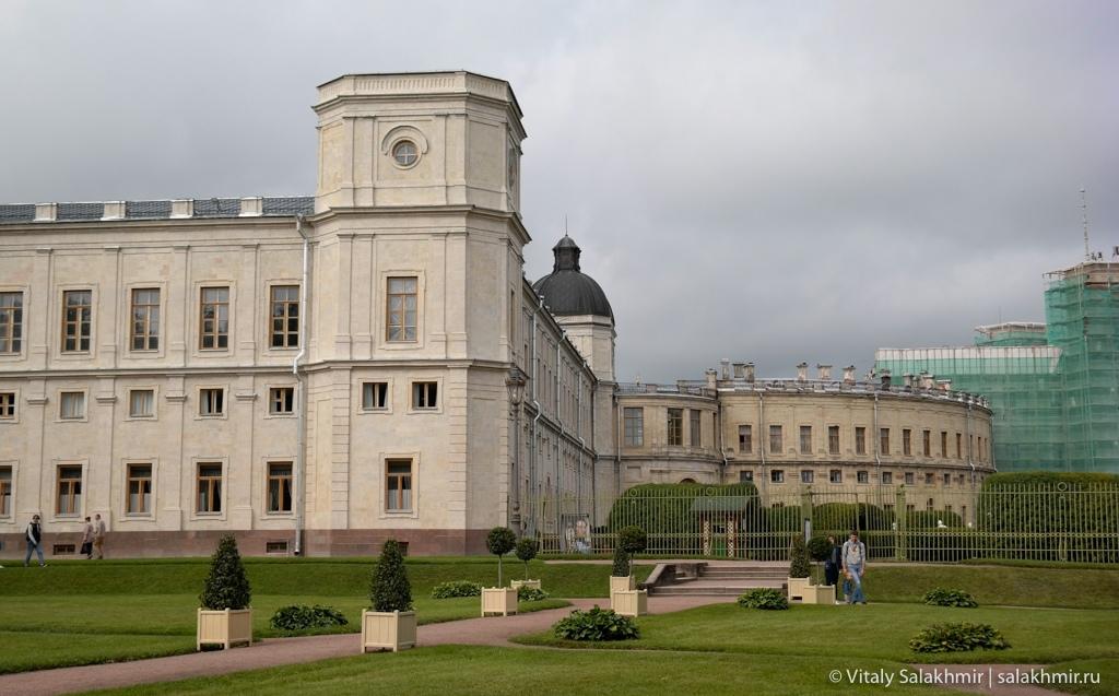 Гатчинский дворец, вид из парка, путешествие в Гатчину