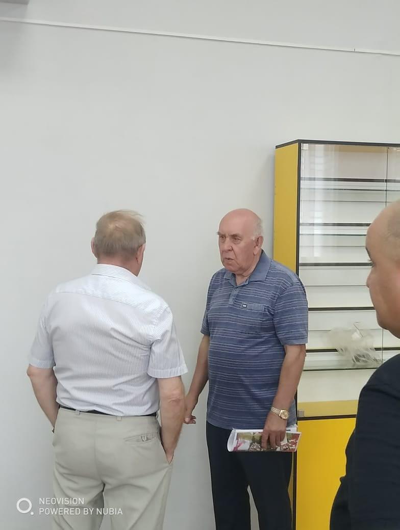 Вчера 10 школу посетил генерал-полковник Сергей Алексаедрович