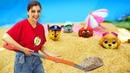 Видео для детей. Игрушки Щенячий Патруль на пляже - Ищем Скай вместе с Шоу ToyClub!