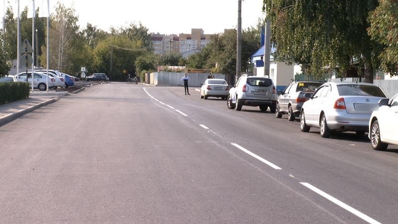 В Тамбове на улице не видевшей ремонта больше 20 лет сделали дорогу