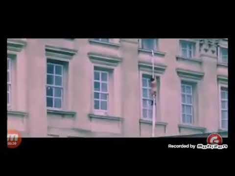 Junge flüchtet nackt aus dem Buckingham Palast