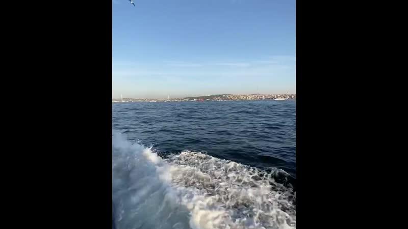 прогулка экскурсия по проливу Босфор с Стамбуле