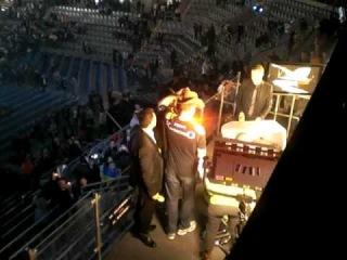 Vitali Klitschko steals David Haye´s hat!