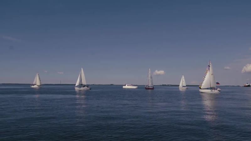 Яхты Жемчужина и Сибирь на Дне ВМФ в Архангельске