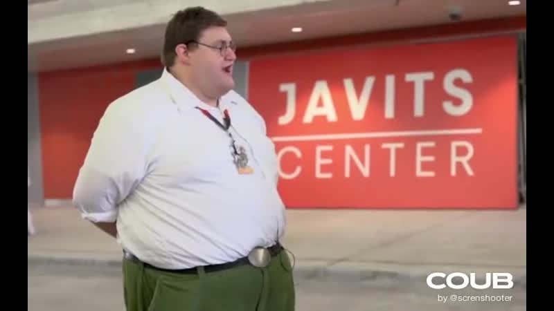 Real Life Peter Griffin Goes To NYCC 2014 BOOM Big Pants