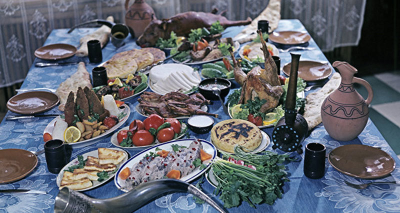 Как выглядит армянский новогодний стол, изображение №1