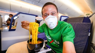 First Time Traveling Since Pandemic!! 🍜 ANA Business Class FOOD REVIEW!!