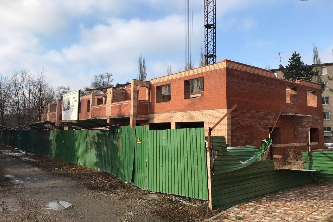 В Таганроге достроят многоквартирный дом по ул. Чучева, 40